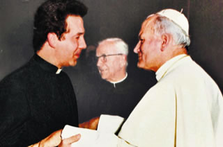 Communist spy Tomasz Turowski in Vatican with Pope John Paul II.